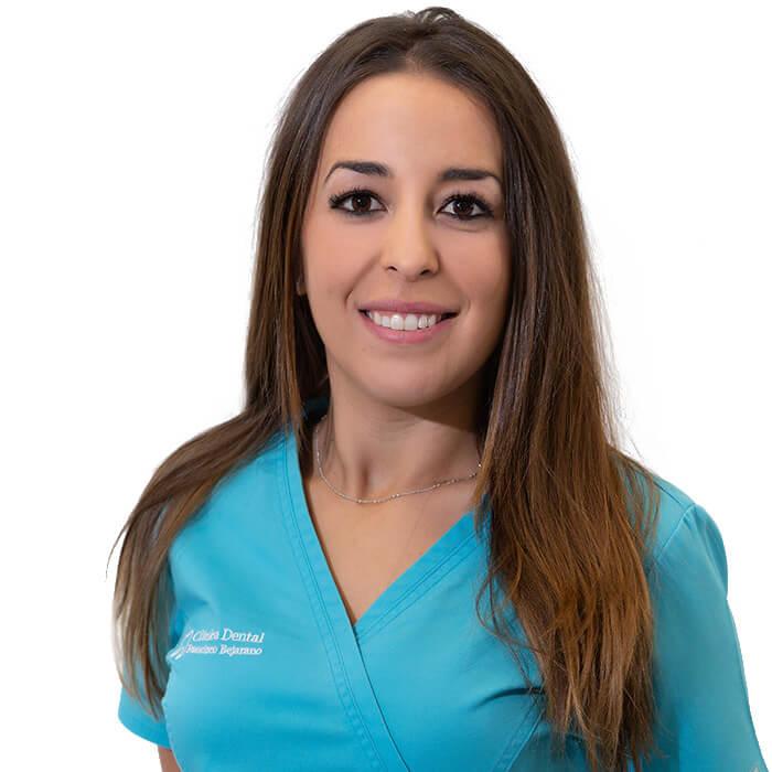 Isa Calero. Administrativa